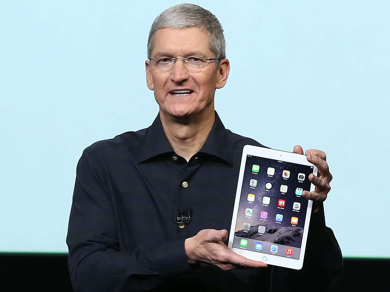 El gigante tecnológico Apple presentó hoy su tableta más delgada hasta la fecha, el iPad Air 2, así como una versión renovada de su iPad Mini 3 y un iMac de mayor resolución Foto: AFP en español