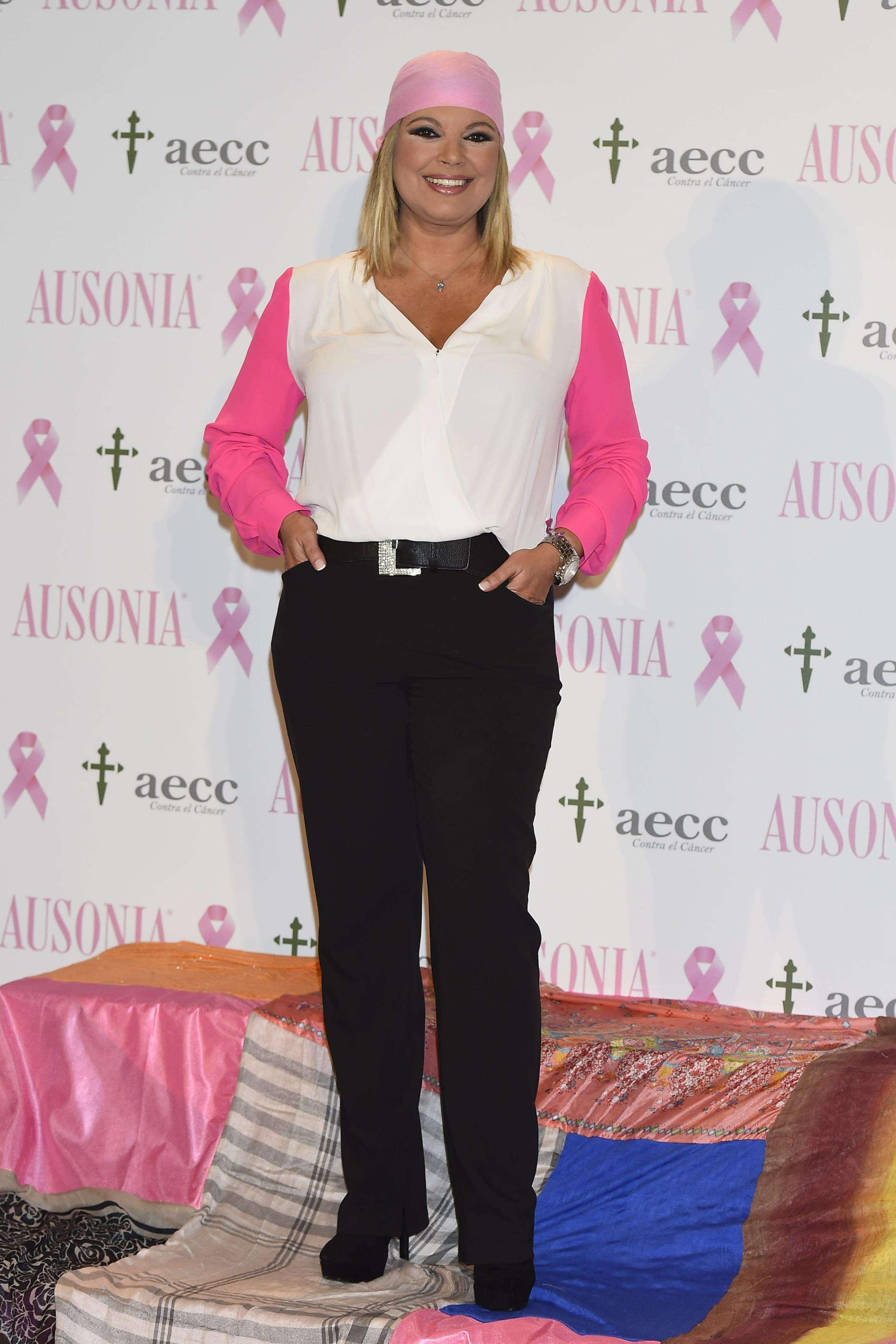 Terelu Campos, Eva González, Marta Sánchez y Bimba Bosé han sido este año las abanderadas de la campaña contra el cáncer de mama. Foto: Gtres
