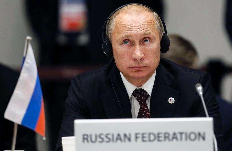 Presidente russo, Vladimir Putin, durante cerimônia de encerramento de uma cúpula entre países da Ásia e Europa, em Milão. 17/10/2014. Foto: Alessandro Garofalo/Reuters