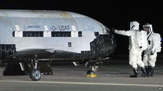 A la nave se la conoce como Vehículo de Prueba Orbital o X-37B Foto: BBC Mundo/AP