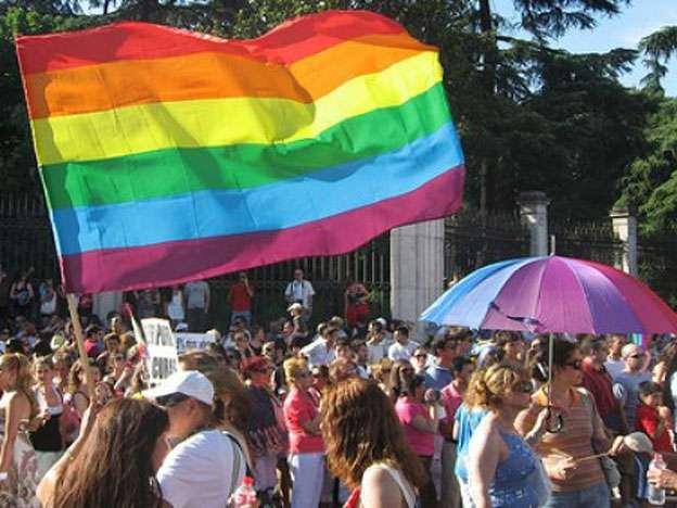 """La Federación Argentina de lesbianas, gays, bisexuales y trans (FALGBT) expresó este domingo su """"rechazo y decepción"""" ante el documento final del Sínodo extraordinario de la familia que realizó el Vaticano Foto: Web"""