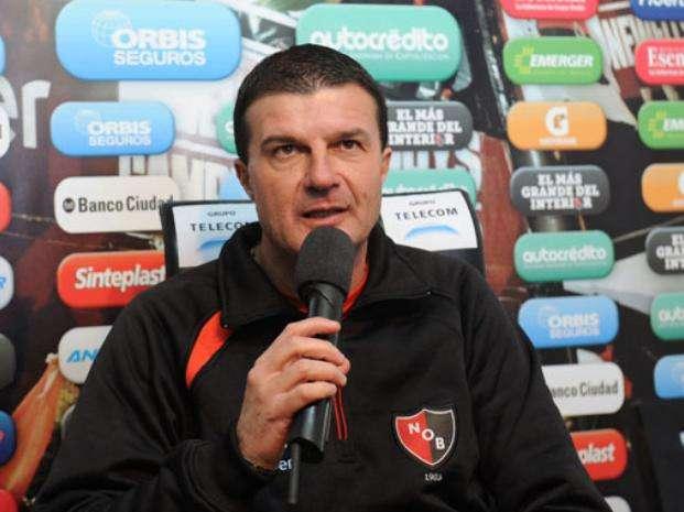 El director técnico de Newell´s Old Boys, Gustavo Raggio, presentó su renuncia Foto: Web
