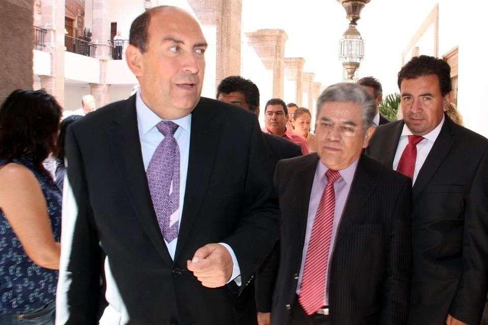 El Gobernador Rubén Moreira ha admitido que el Estado está obligado a pagar 900 millones de pesos anuales. Foto: Reforma