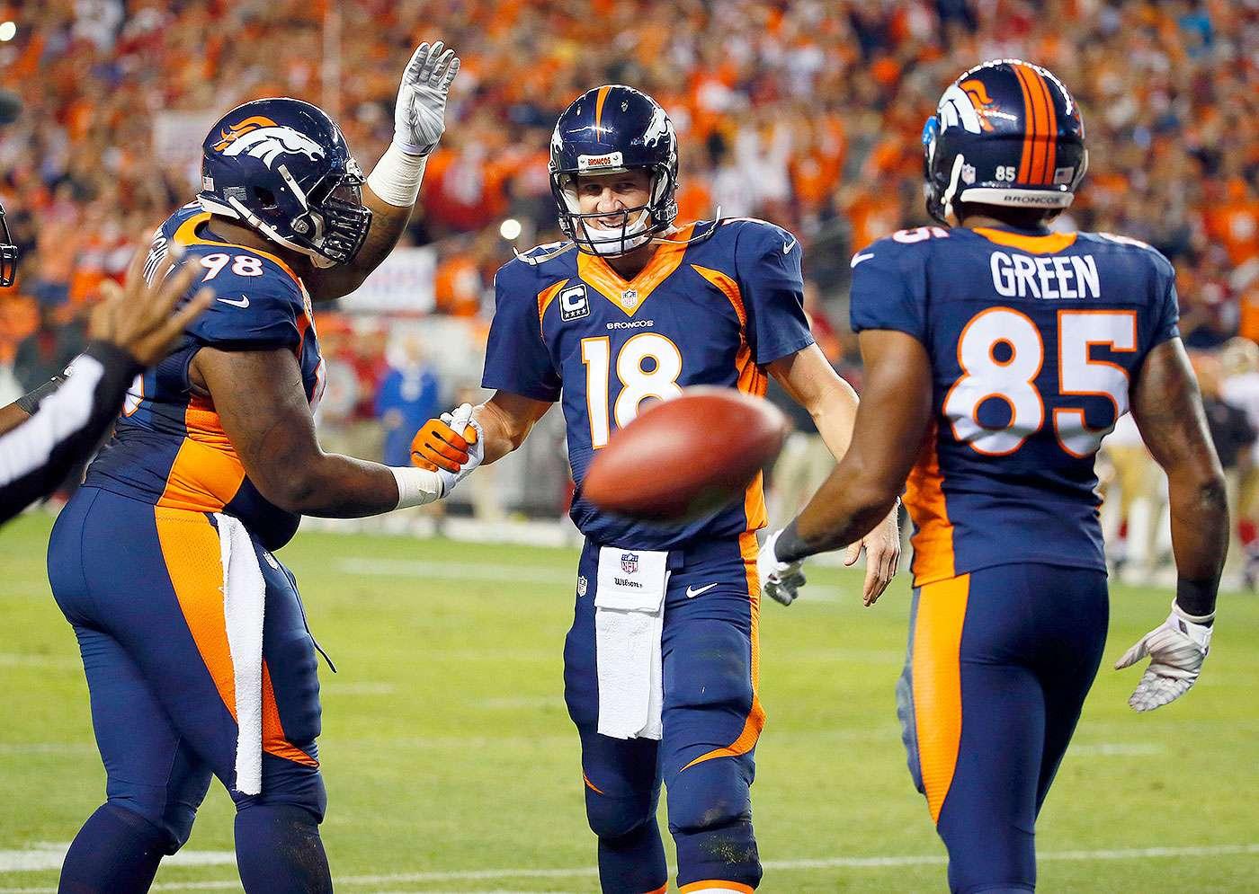 Peyton Manning rompió el récord de Brett Favre, al llegar a 509 pases de anotación en su carrera, y los Denver Broncos apabullaron por 42-17 a los San Francisco 49ers en la semana 7 de la NFL 2014. Foto: AP