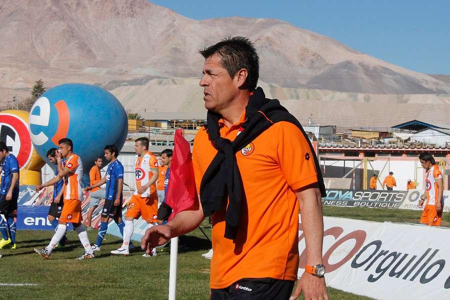 José Cantillana también salvó a Cobresal del descenso. Foto: Agencia UNO