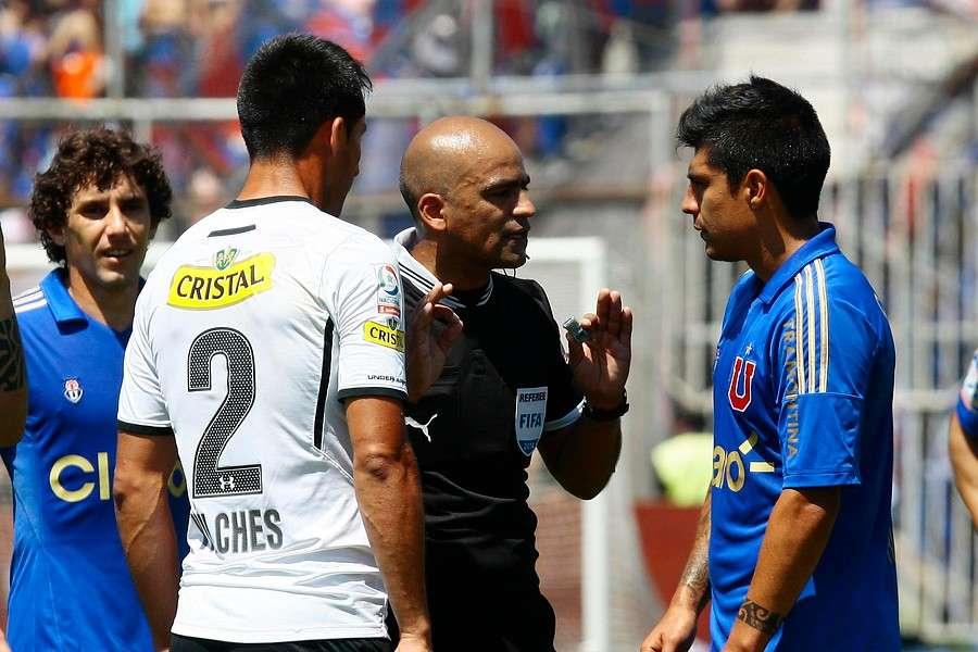 Jorge Osorio fue criticado por no expulsar a Vilches tras cabezazo a Rubio Foto: Agencia UNO