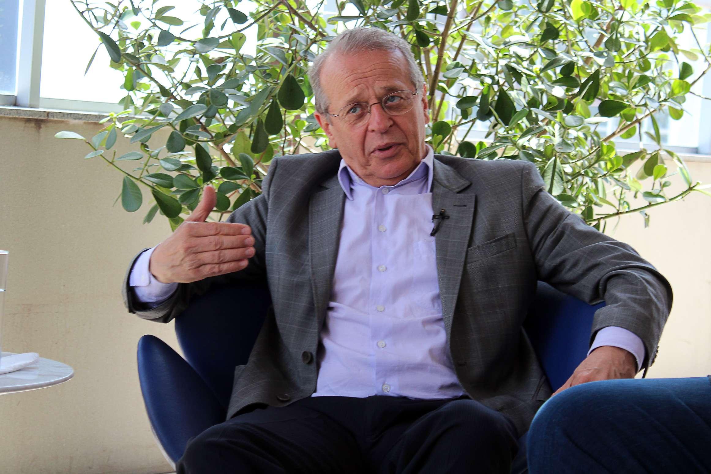Em entrevista ao Terra, Tarso Genro (PT) falou sobre seus planos para o Estado, caso seja reeleito governador do Rio Grande do Sul Foto: Liana Pithan/Terra