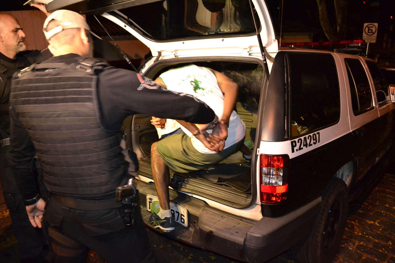 Palmeirense é transferido para delegacia; quatro estão detidos até o momento Foto: Edu Silva/Futura Press