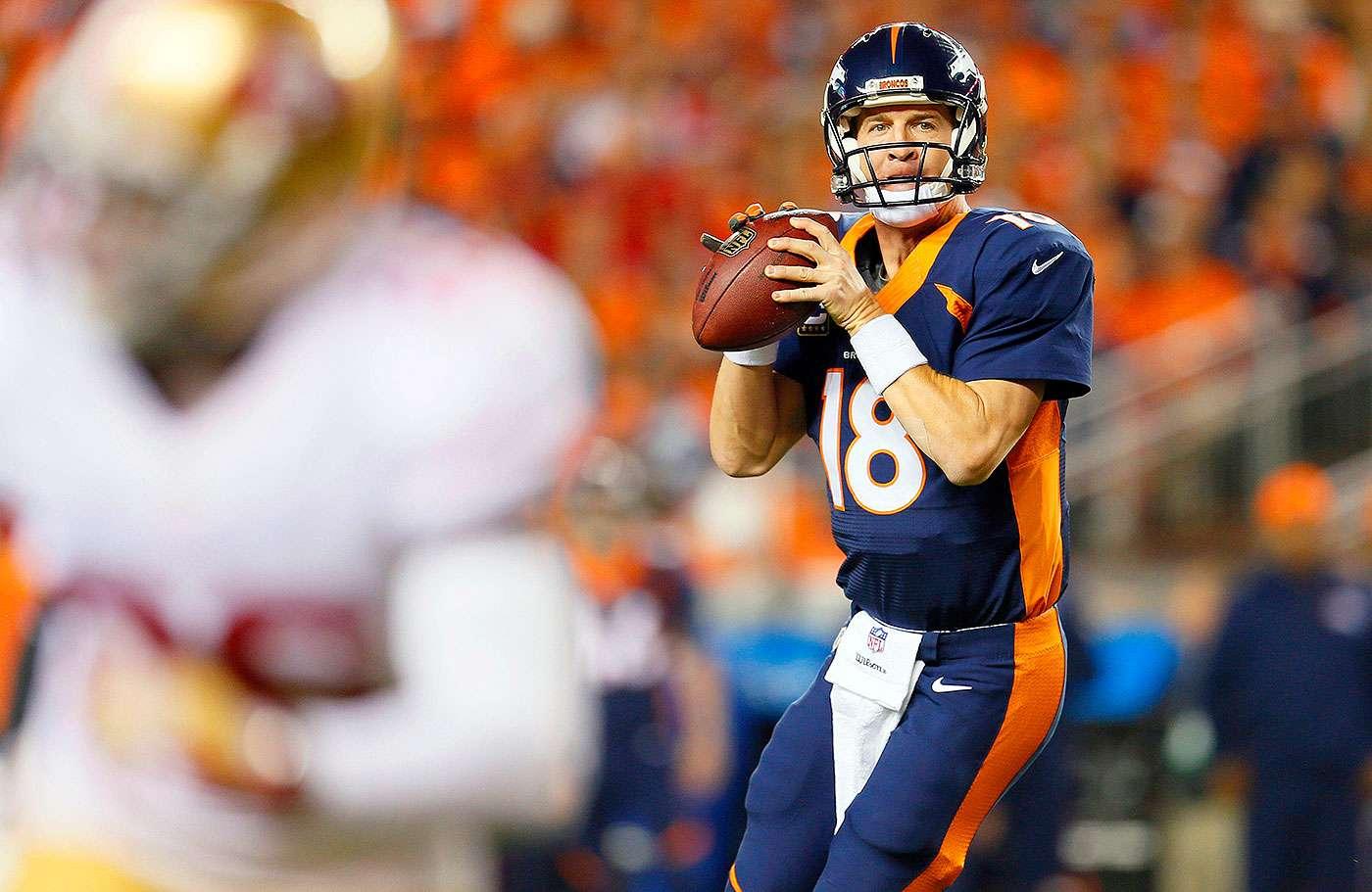 Peyton Manning, quarterback de los Denver Broncos, superó el récord de Brett Favre, al llegar a 509 pases de anotación en su carrera. Foto: AP