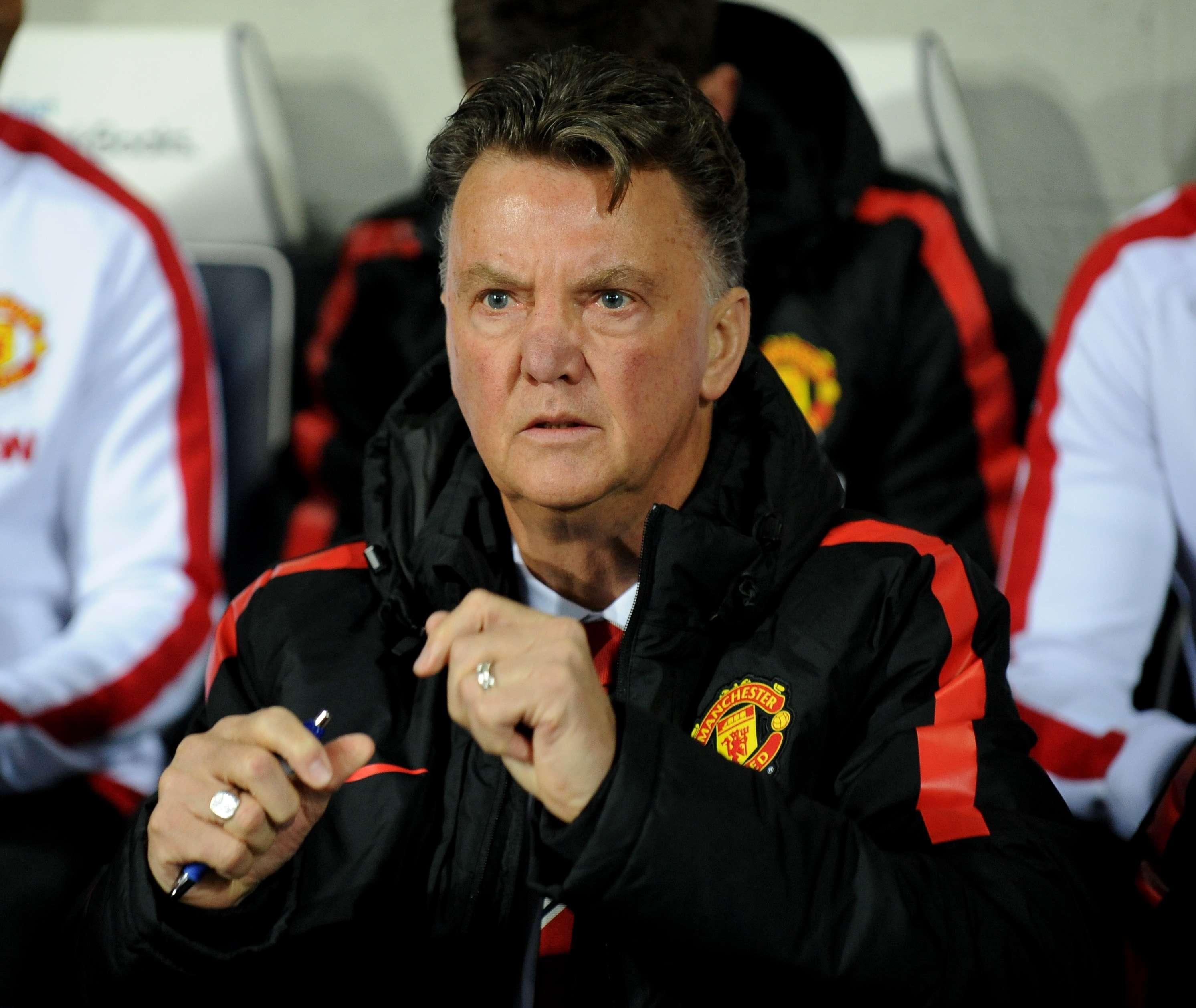 Van Gaal ainda não conseguiu acertar o Manchester United Foto: Rui Vieira/AP