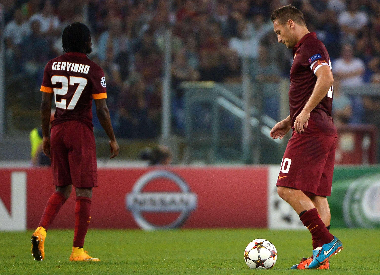 Destaques da Roma, Gervinho e Totti não conseguiram evitar vexame em casa Foto: Alberto Pizzoli/AFP