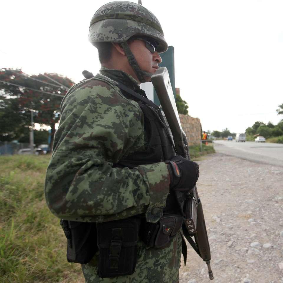 PF y Ejército vigilan municipios de Guerrero y Edomex Foto: Terra