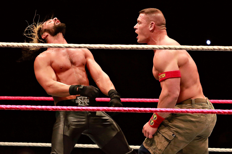 John Cena demostró ser mejor luchador que Rollins. Foto: Imago7