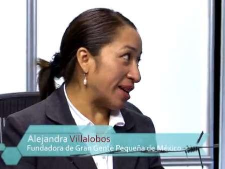 Alejandra Villalobos, de la asociación Gran Gente Pequeña de México, participó en el sexto programa de la Cuarta Temporada de Tejemaneje. Foto: Terra