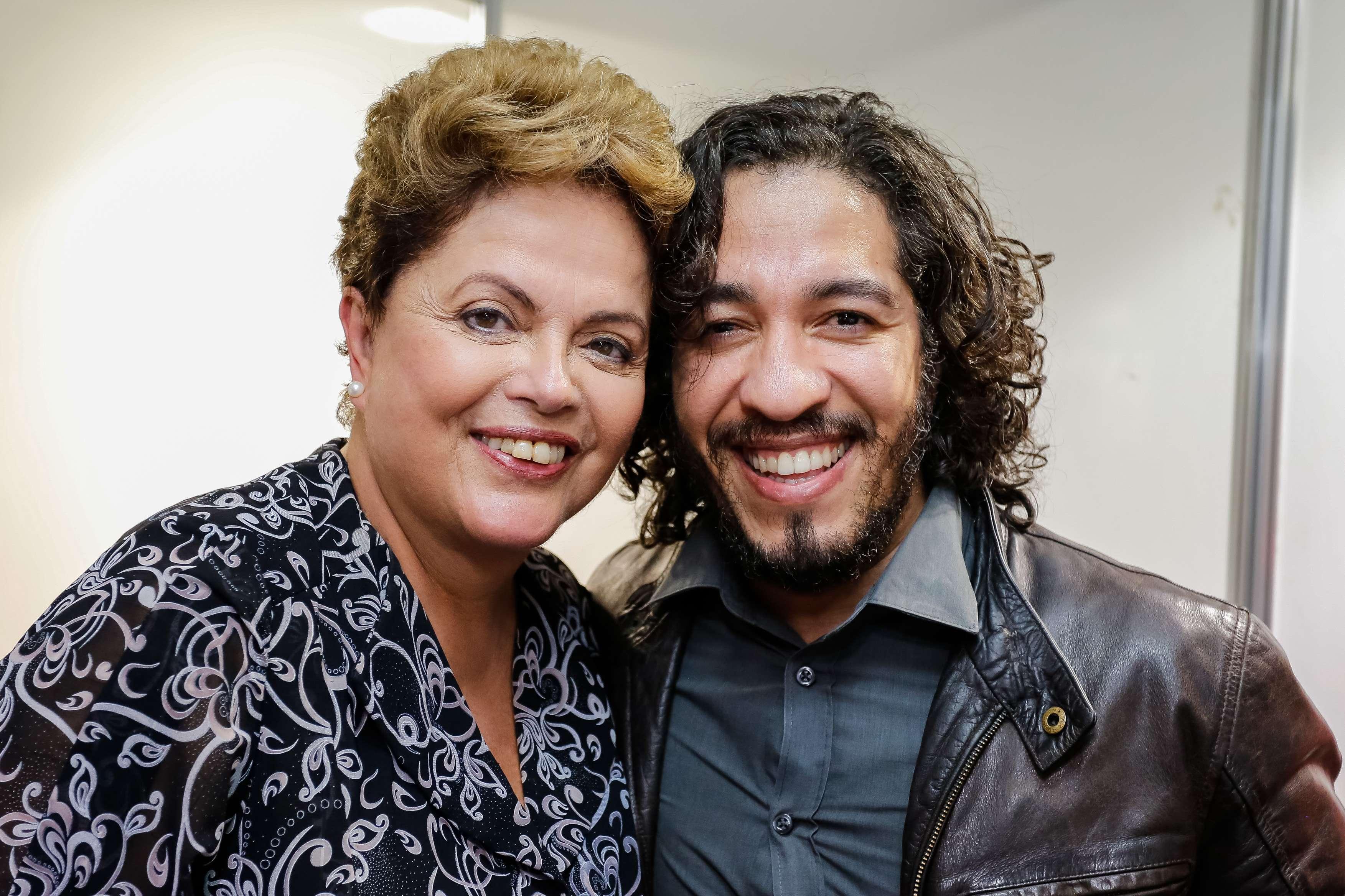 Presidente apareceu ao lado do deputado Jean Wyllys nesta segunda, em São Paulo Foto: Ichiro Guerra/Divulgação