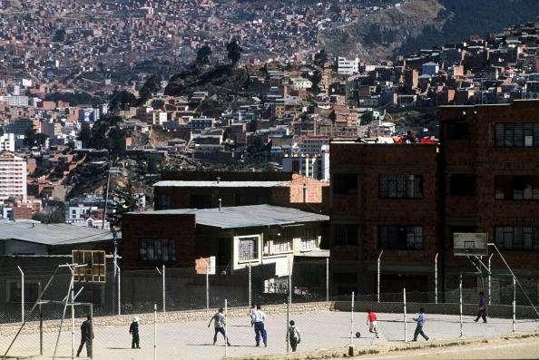 La niña fue llevada al centro médico porque tenía 39.5 grados centígrados de fiebre. Murió cuando era traslada a un hospital en un pueblo de la región de Cochabamba. Foto: Archivo/Getty Images