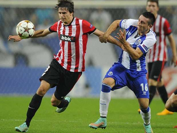 Héctor Herrera sigue mostrando un nivel destacado Foto: Getty Images