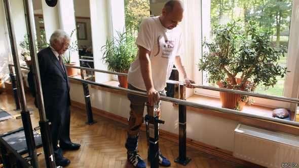 Darek Fidyka voltou a andar após receber transplante de células olfativas Foto: BBCBrasil.com