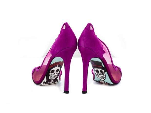 zapatos de calaveras Foto: Taylor Says