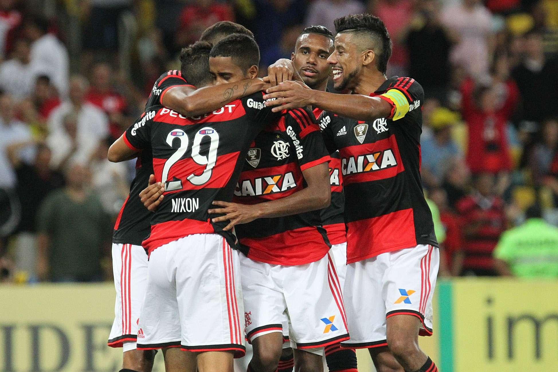 Jogadores comemoram mais uma vitória do Flamengo na Série A Foto: Gilvan de Souza/Flamengo/Divulgação