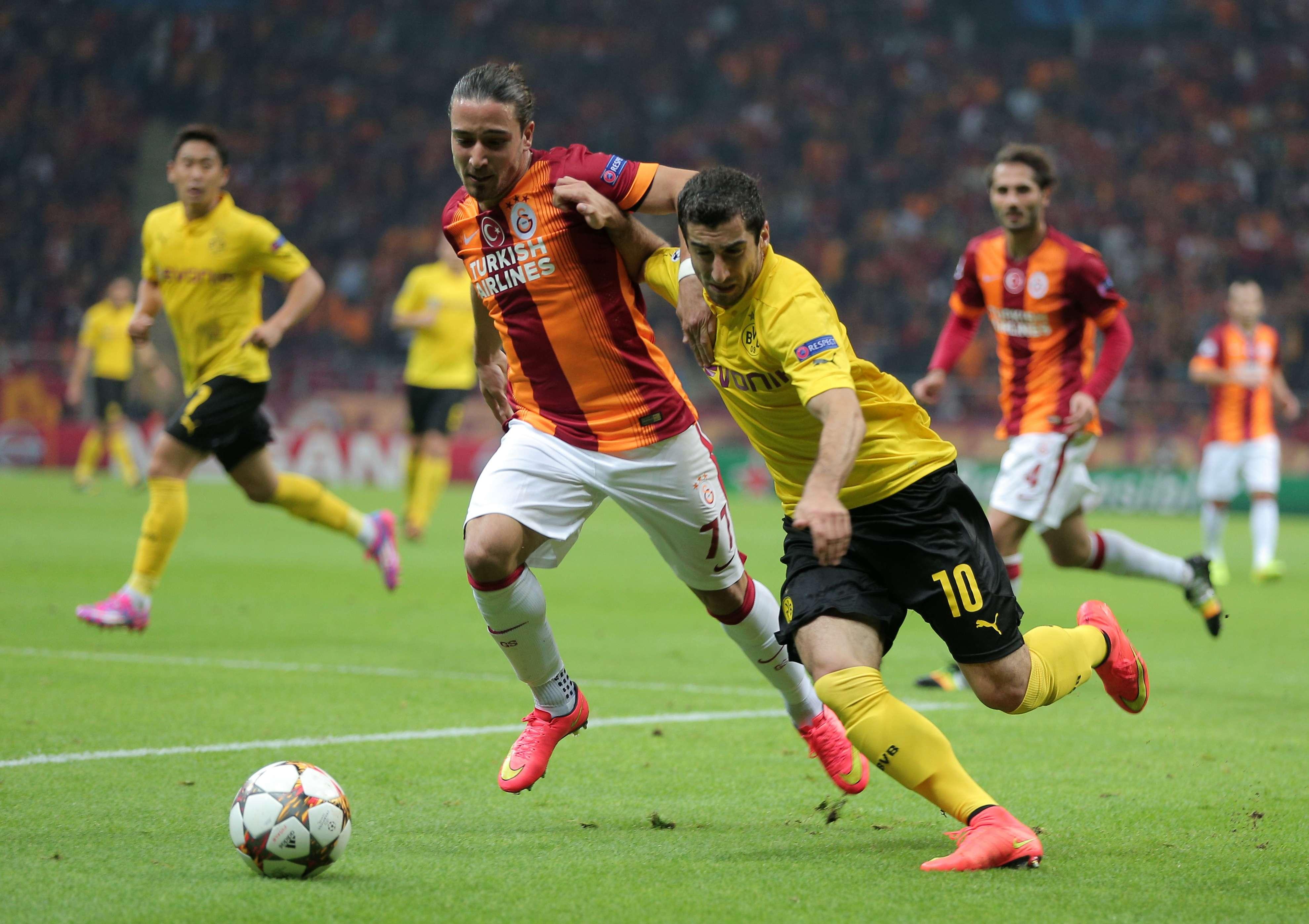 El Borussia Dortmund logró el triunfo de 4-0 ante Galatasaray en territorio turco. Foto: AP