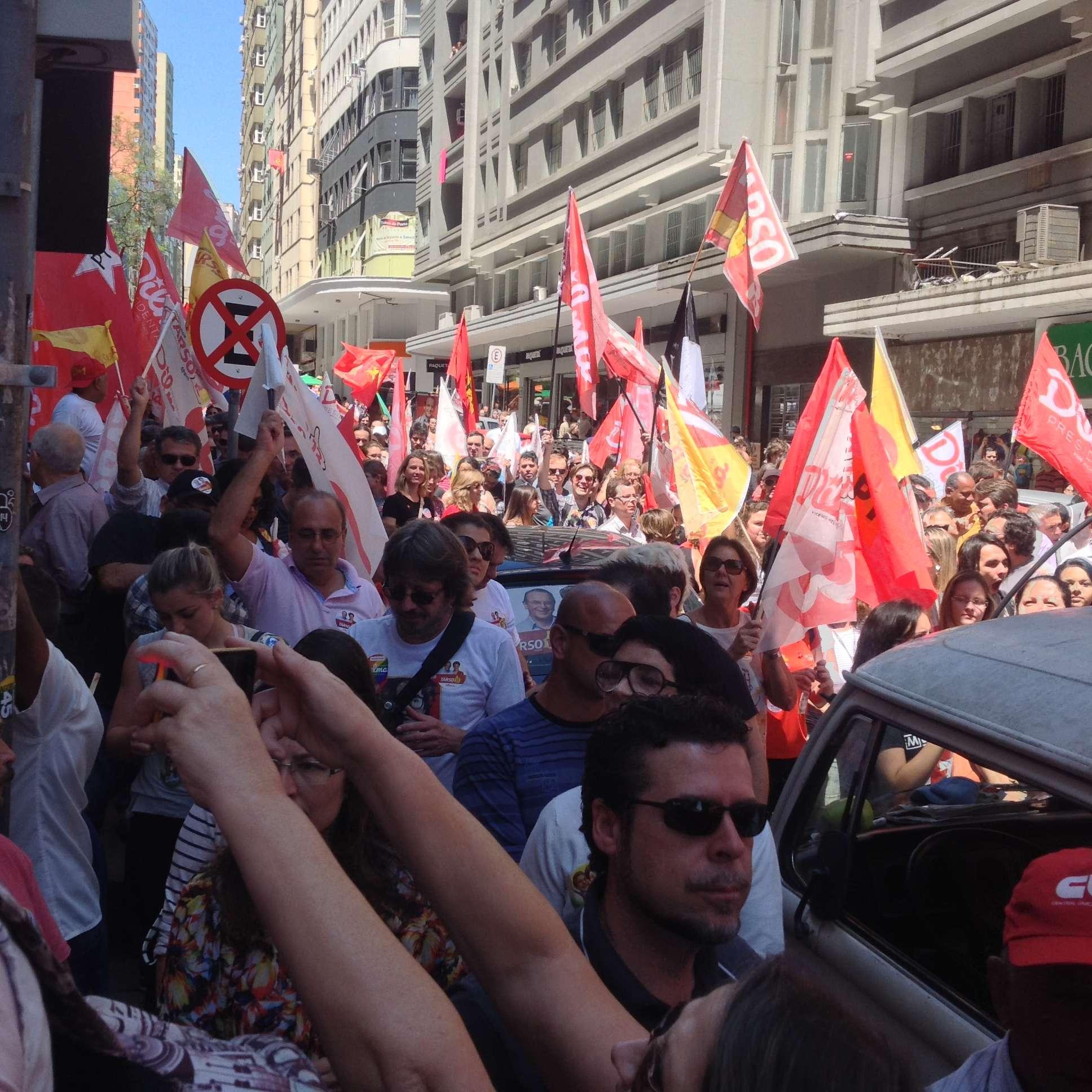 Lula não perdeu a chance de criticar Aécio Neves Foto: Flavia Bemfica/Especial para Terra
