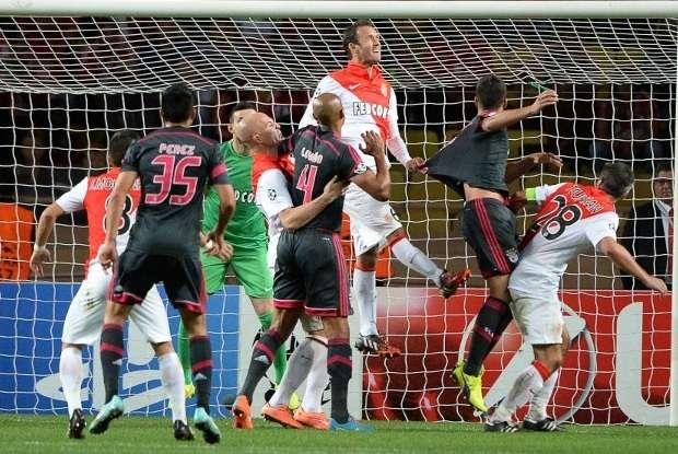 Mónaco no pudo hacerle daño al Benfica y se tuvo que conformar con un empate sin goles que le permite mantenerse invicto, pero perdió el liderato del Grupo C con la victoria de Bayer Leverkusen sobre el Zenit de San Petersburgo. Foto: AFP