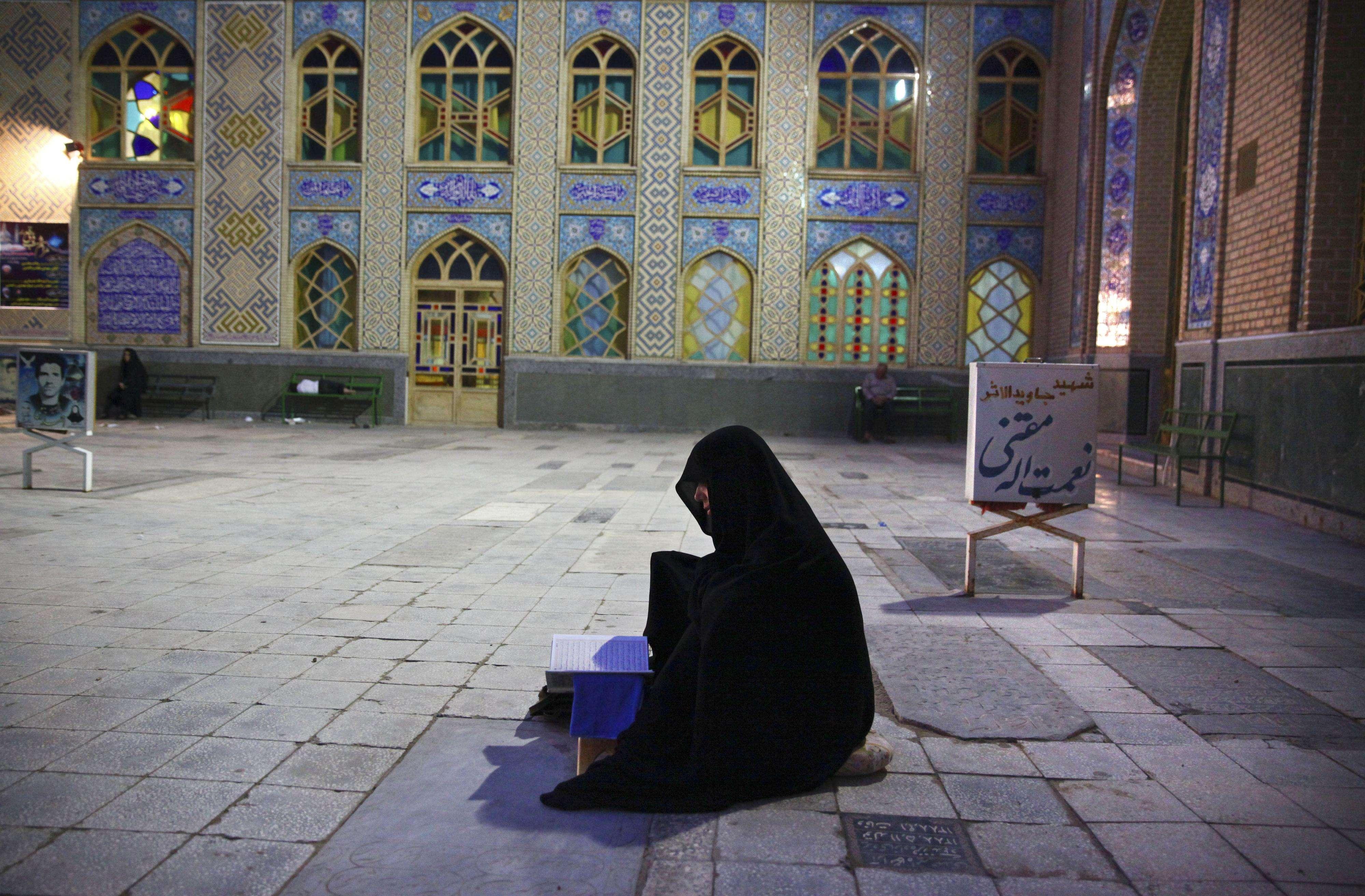 Según el jefe de la Policía iraní, Ahmadí Moqadam, tres personas han sido detenidas acusadas de las graves agresiones. Foto: Archivo/AP en español