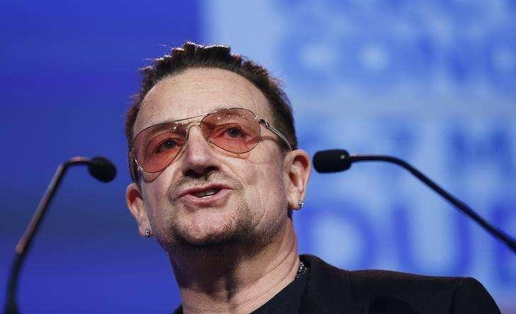Cantor Bono, vocalista do U2, em discurso em Dublin. 07/03/2014 Foto: Suzanne Plunkett/Reuters