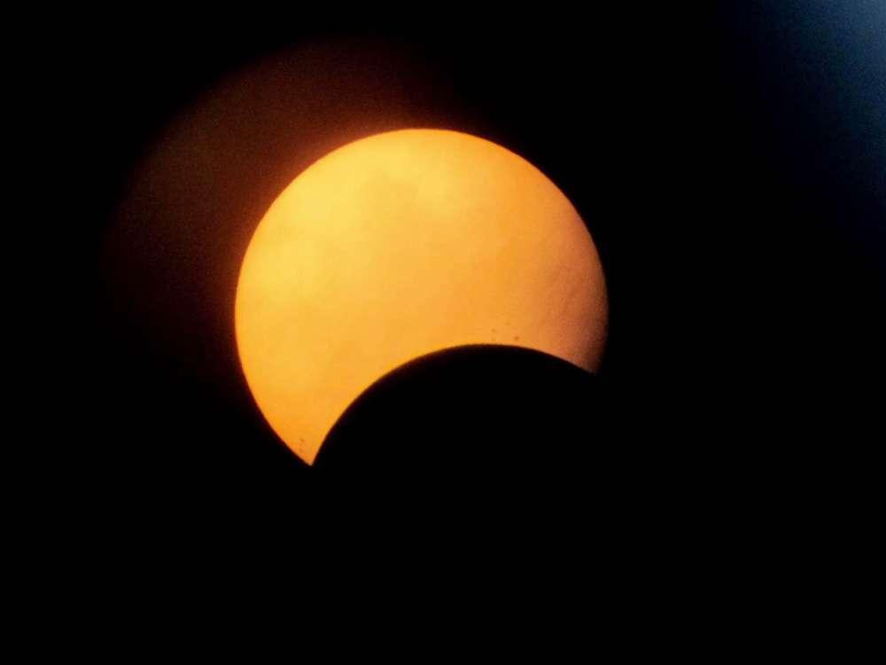 """La máxima """"mordida"""" del astro se verá a las 18:09 tiempo del centro del país. Foto: UNAM"""