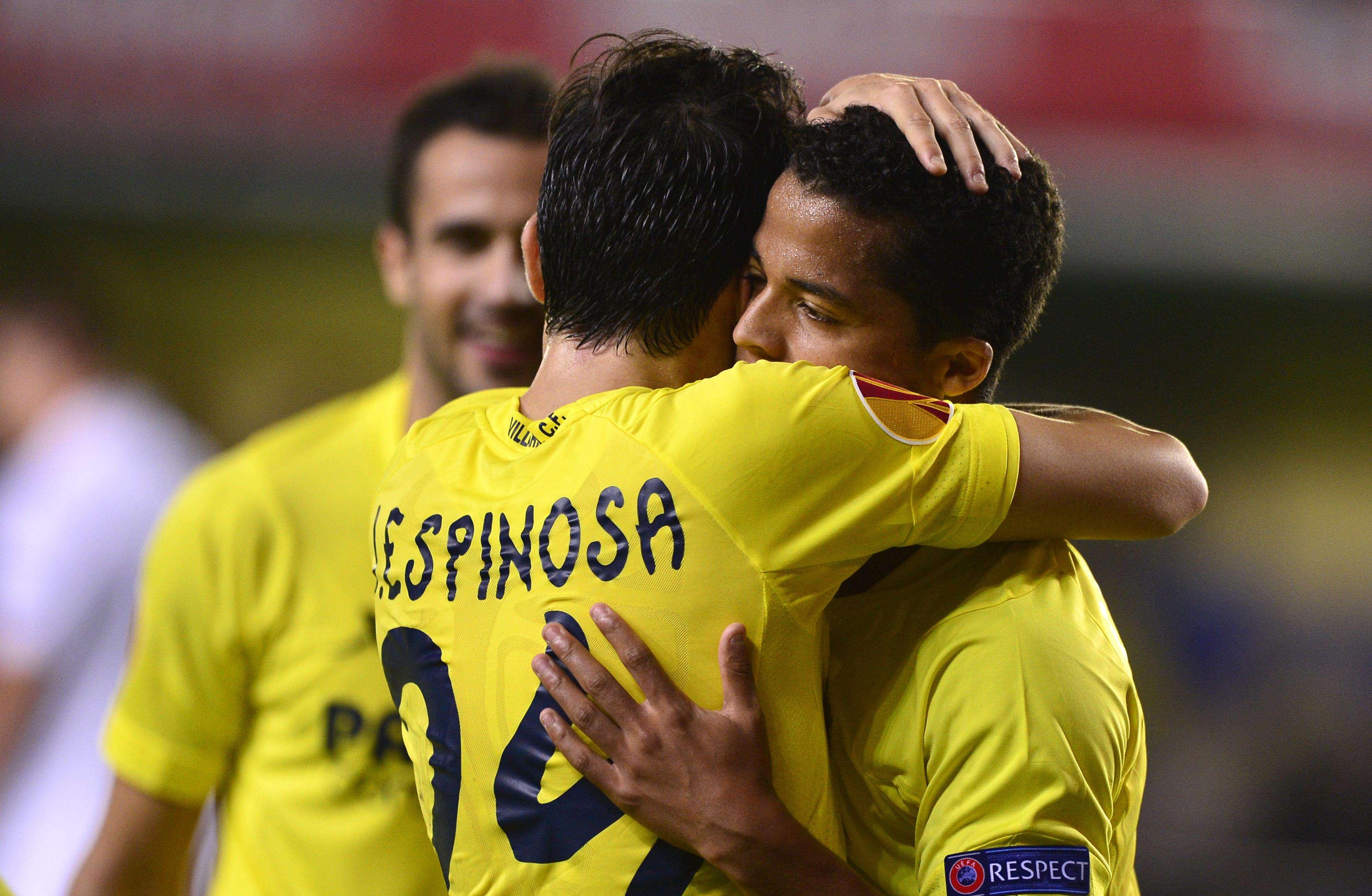 Giovani dos Santos marcó el cuarto gol en la victoria de Villarreal sobre Zurich. Foto: AFP