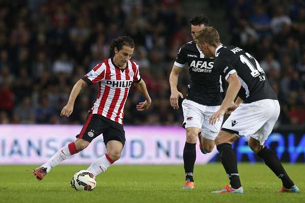 Guardado disputó su primer duelo de Europa League con el PSV. Foto: Getty Images