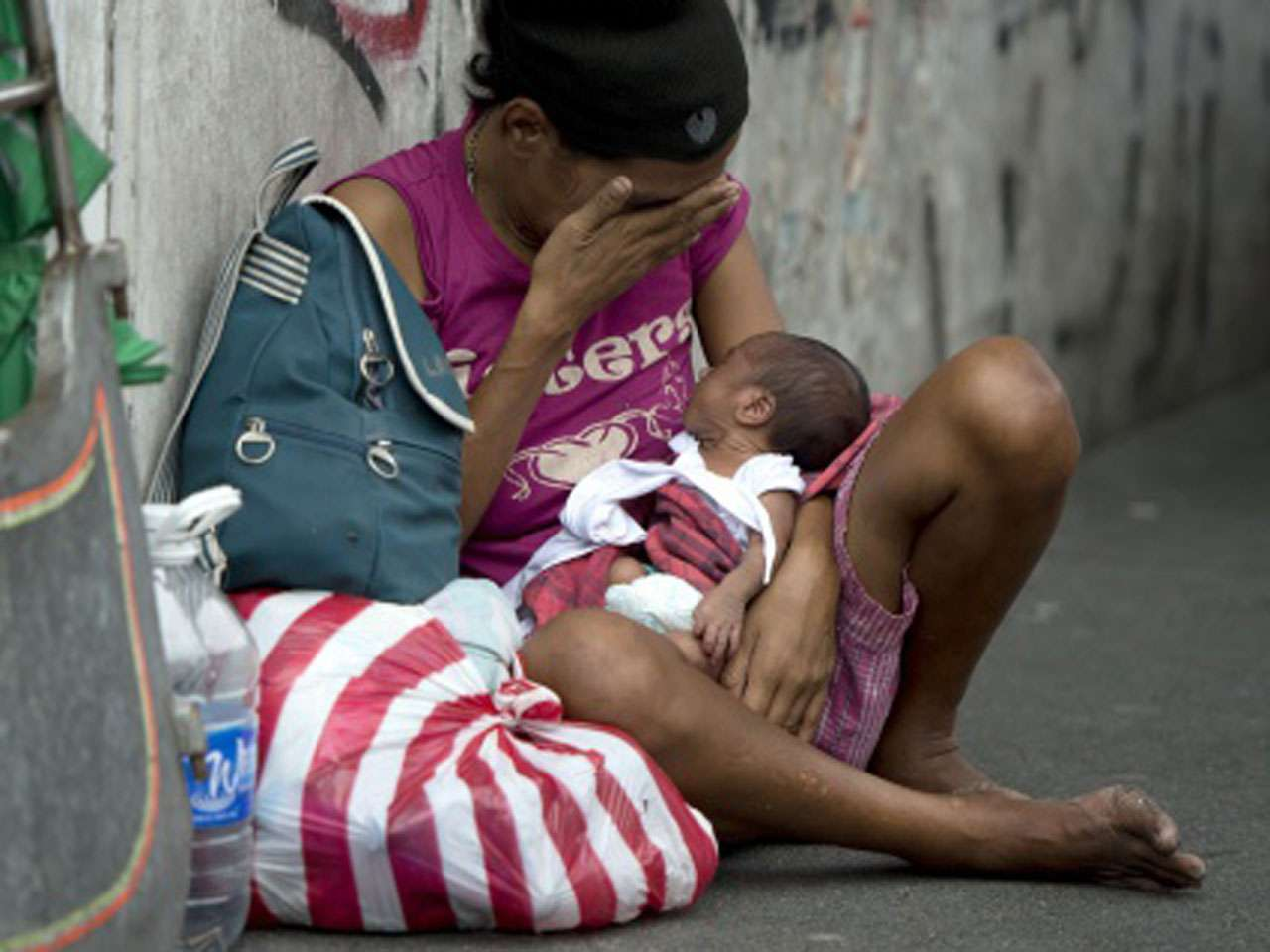 La mayoría de los niños en países pobres mueren por carecer de cosas que cuestan menos de un dólar Foto: NOEL CELIS/Getty Images/Archivo