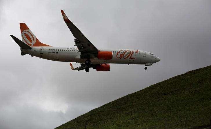 Avião da Gol pousa no aeroporto de Congonhas, em São Paulo. 24/04/2014 Foto: Nacho Doce/Reuters