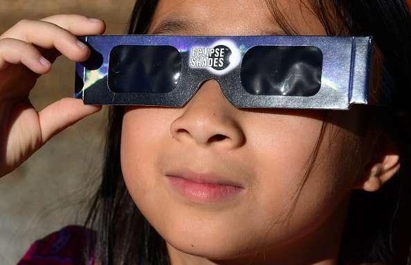 Gran parte de la región de América del Norte fue testiguo este jueves de un eclipse parcial de sol, el cuarto y último eclipse del año, cuya vista fue especialmente espectacular en la mitad este de Estados Unidos Foto: Getty Images