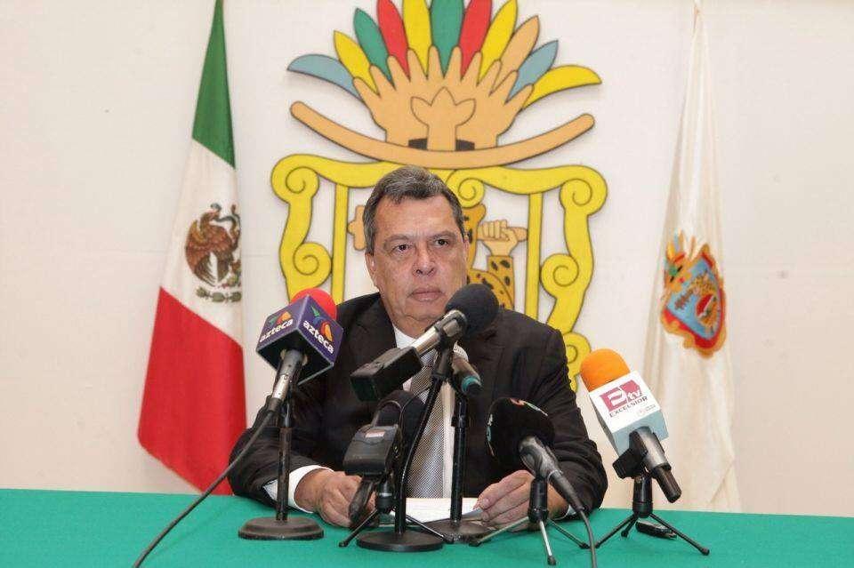 El hallazgo se dio a conocer poco después de que Ángel Aguirre hiciera pública su solicitud de licencia al Congreso de Guerrero y que el PRD diera un mensaje sobre el aún Gobernador, a quien postularon en 2011. Foto: Gobierno de Guerrero