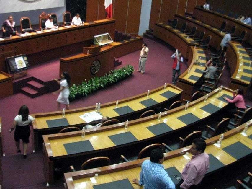 La Comisión de Gobierno del Congreso guerrerense sesiona este viernes para organizar la sesión de mañana. Foto: Reforma/Archivo