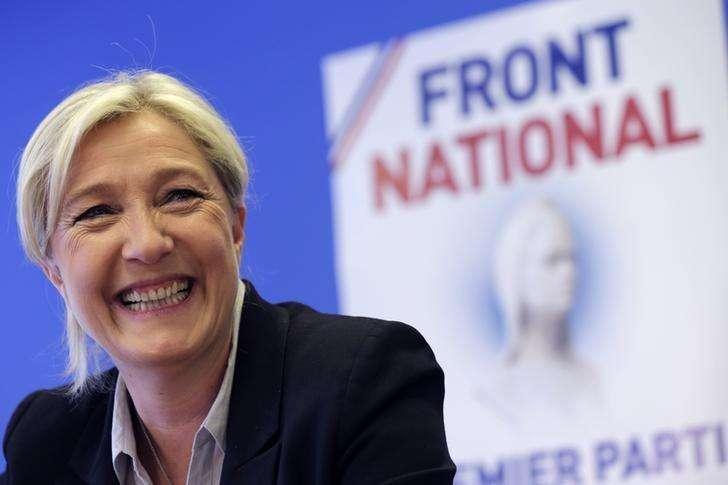 Marine Le Pen, líder francesa de extrema direita, em entrevista coletiva em Nanterre, em foto de arquivo. 27/05/2014 Foto: Philippe Wojazer/Reuters