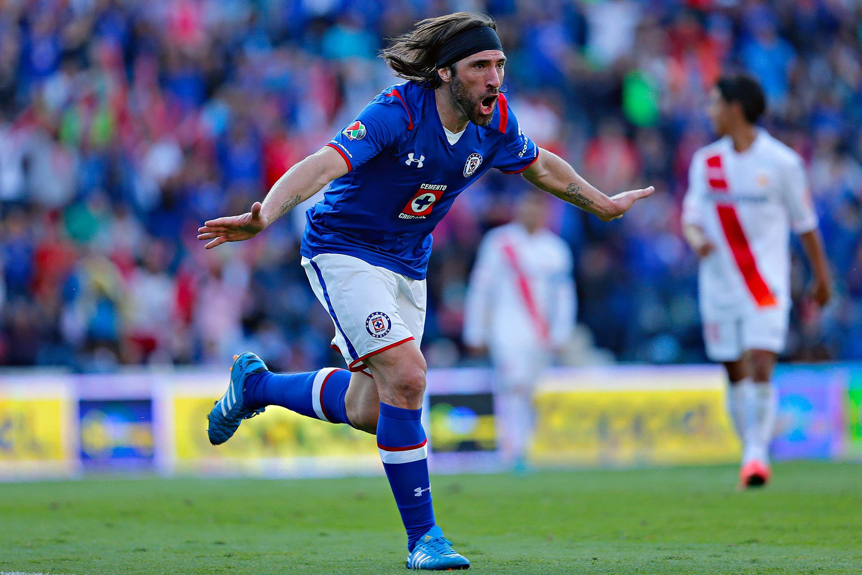 Pavone llegó a cuatro goles en el torneo. Foto: imago7
