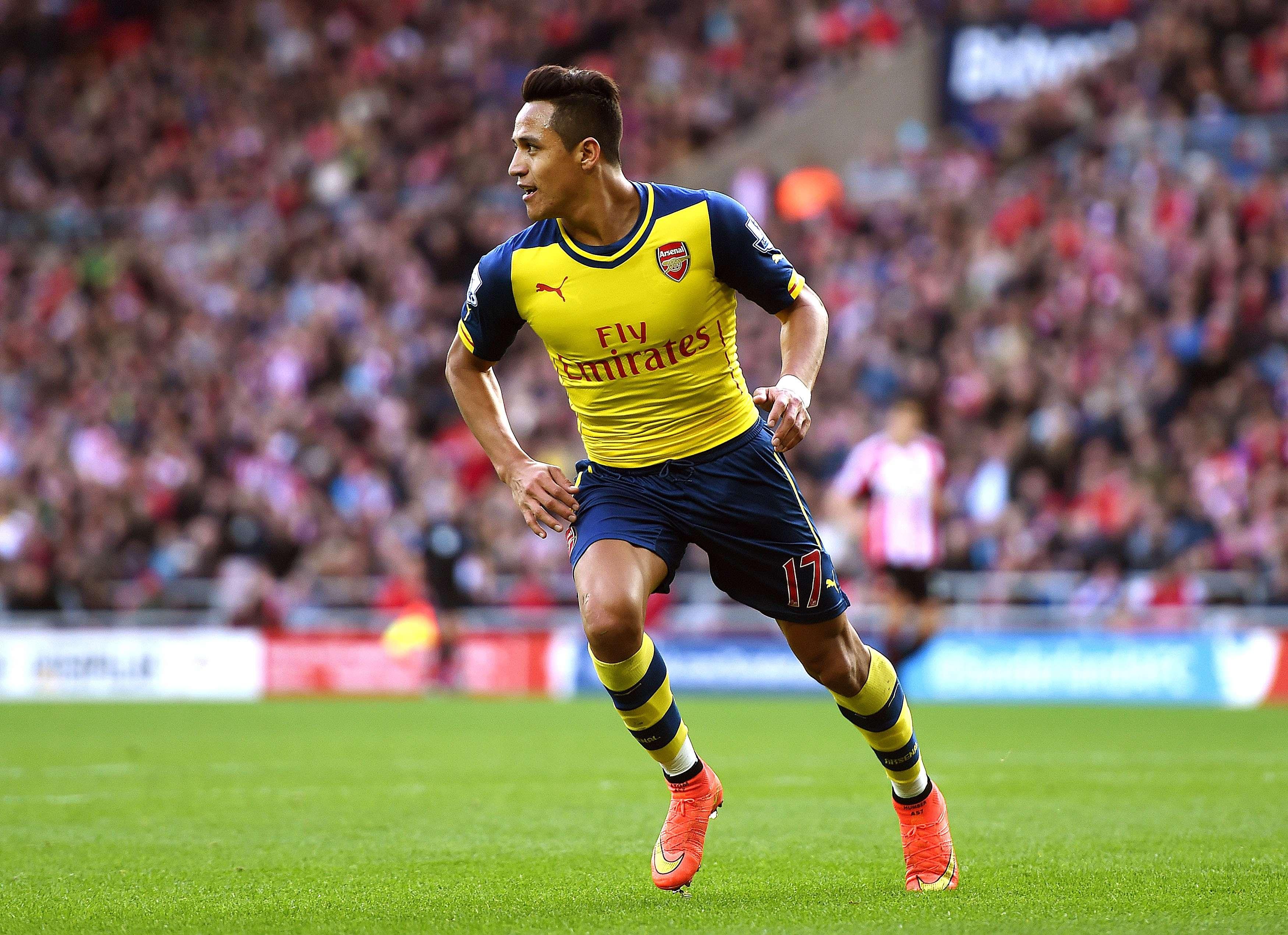 Alexis Sánchez fez dois gols em vitória do Arsenal Foto: Michael Regan/Getty Images
