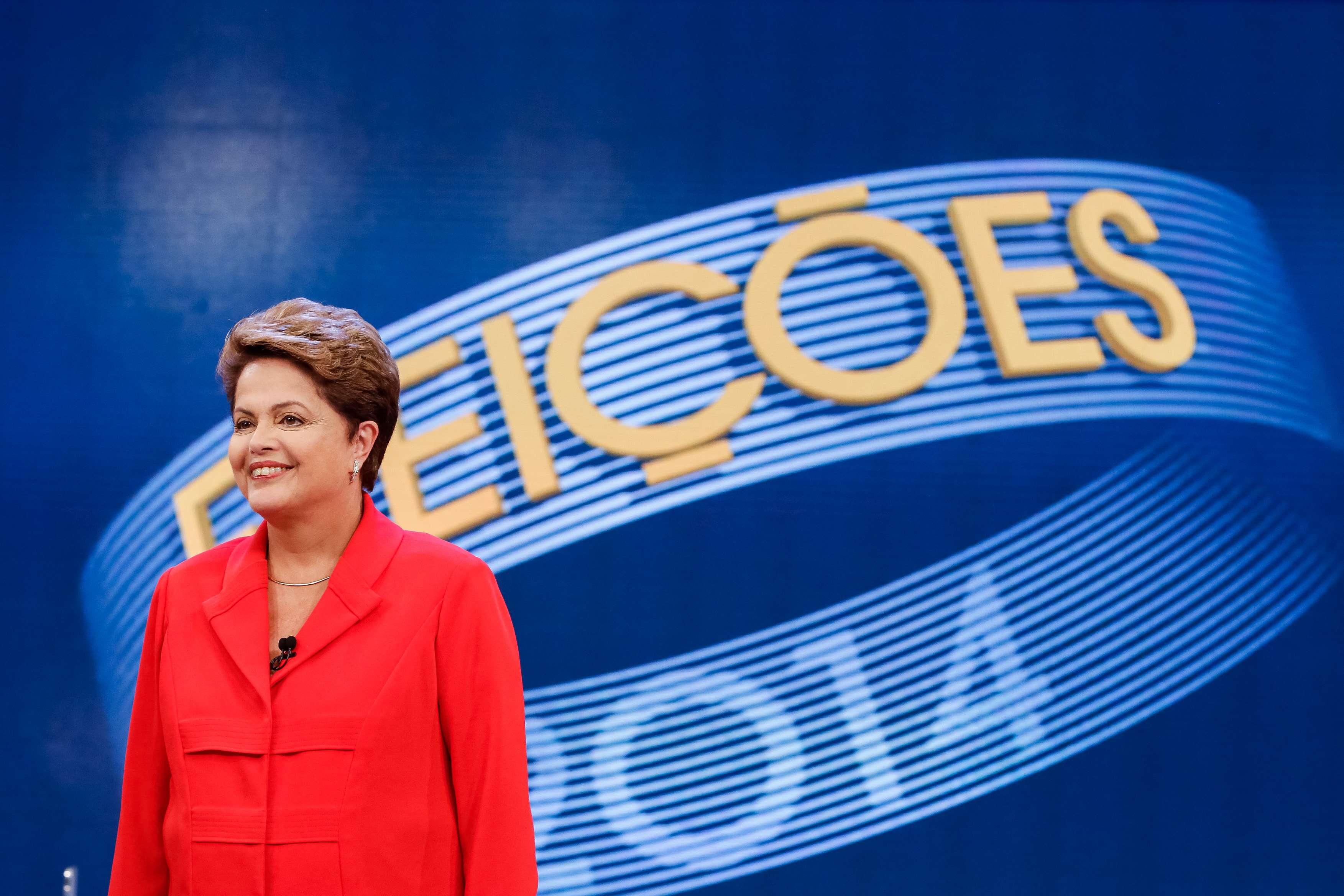 Dilma Rousseff (PT) durante o debate na TV Globo nesta sexta-feira Foto: Fotos públicas/Ichiro Guerra/Dilma 13/Divulgação