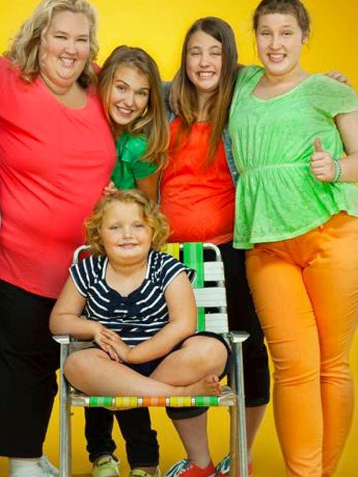La cadena TLC canceló el programa 'Here Comes Honey Boo Boo' en medio del escándalo y le ofreció ayuda psicológica a Anna Foto: TLC