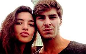 Rocío Herrera Montero, hija de Carlos Herrera y Mariló Montero, junto a su novio, Jaime, hijo del fallecido actor José Conde. Foto: Vertele