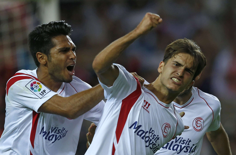 Sevilla conseguiu vitória suada sobre o Villarreal Foto: Julio Muñoz/EFE