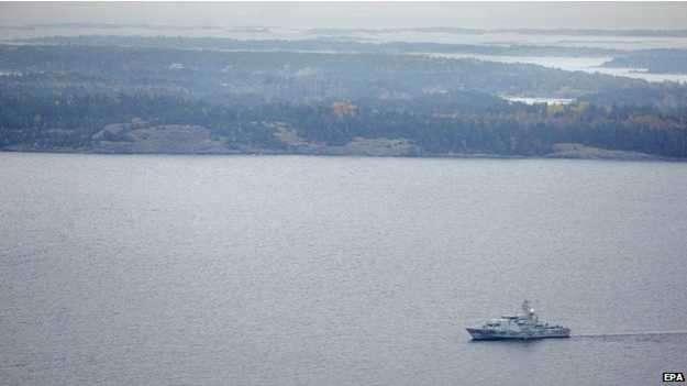 Los suecos hicieron un llamativo despliegue militar a la búsqueda del supuesto submarino. Foto: BBC Mundo/EPA