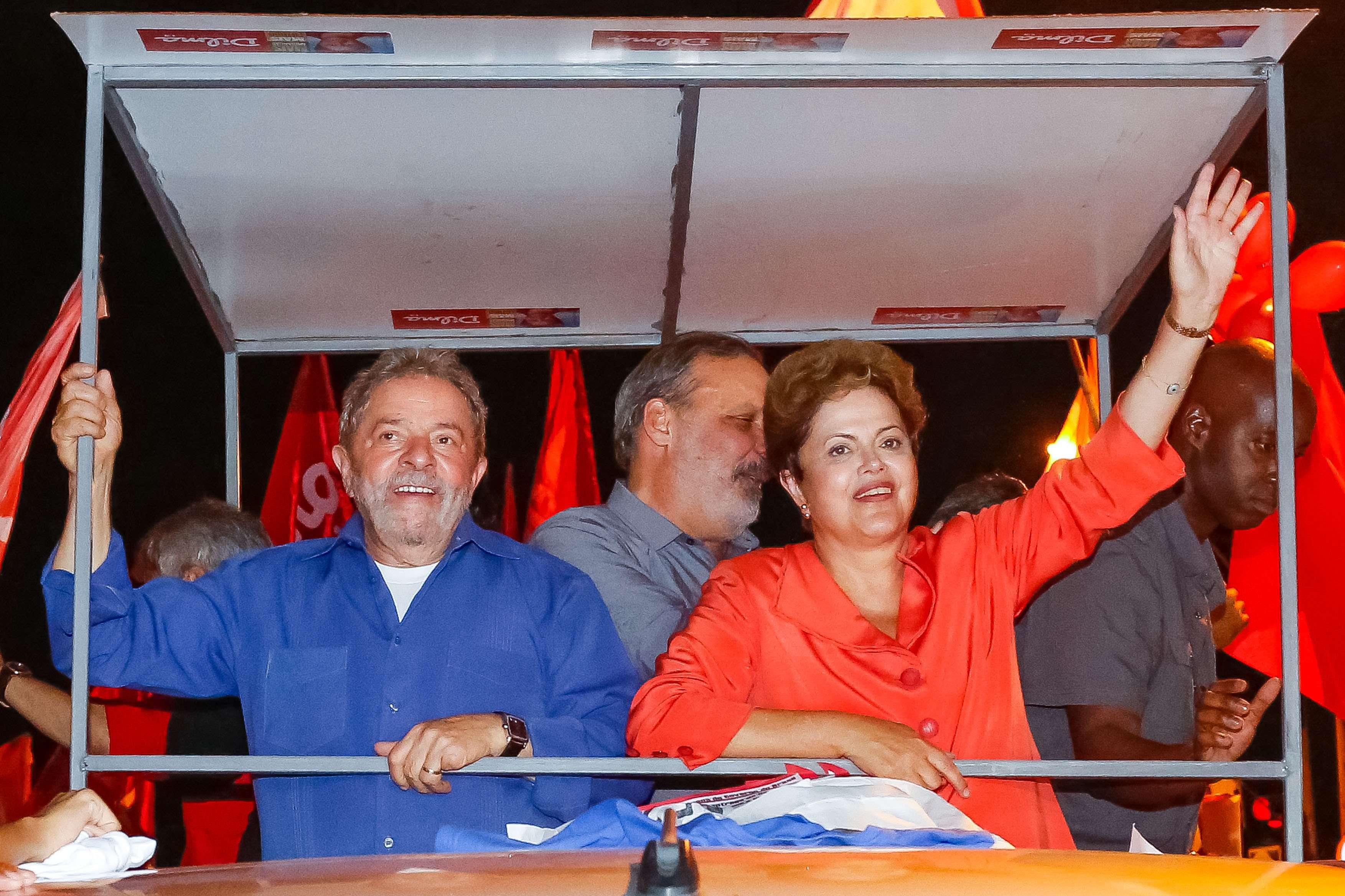 """El ex presidente """"Lula"""" da Silva con la mandataria electa Dilma Rouseff. Foto: Notimex"""