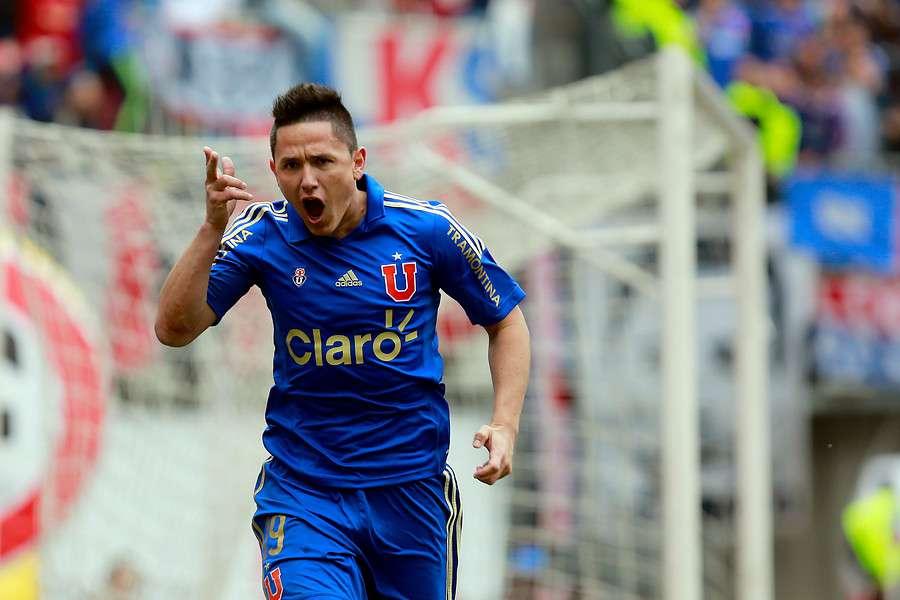 El goleador recordó esos tres goles en la final ante la UC. Foto: Agencia UNO
