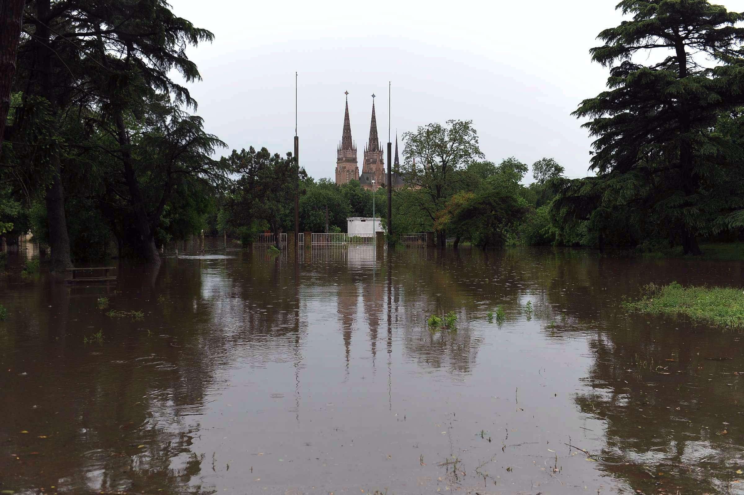 Complicada situación para los habitantes de Luján. Foto: Agencias