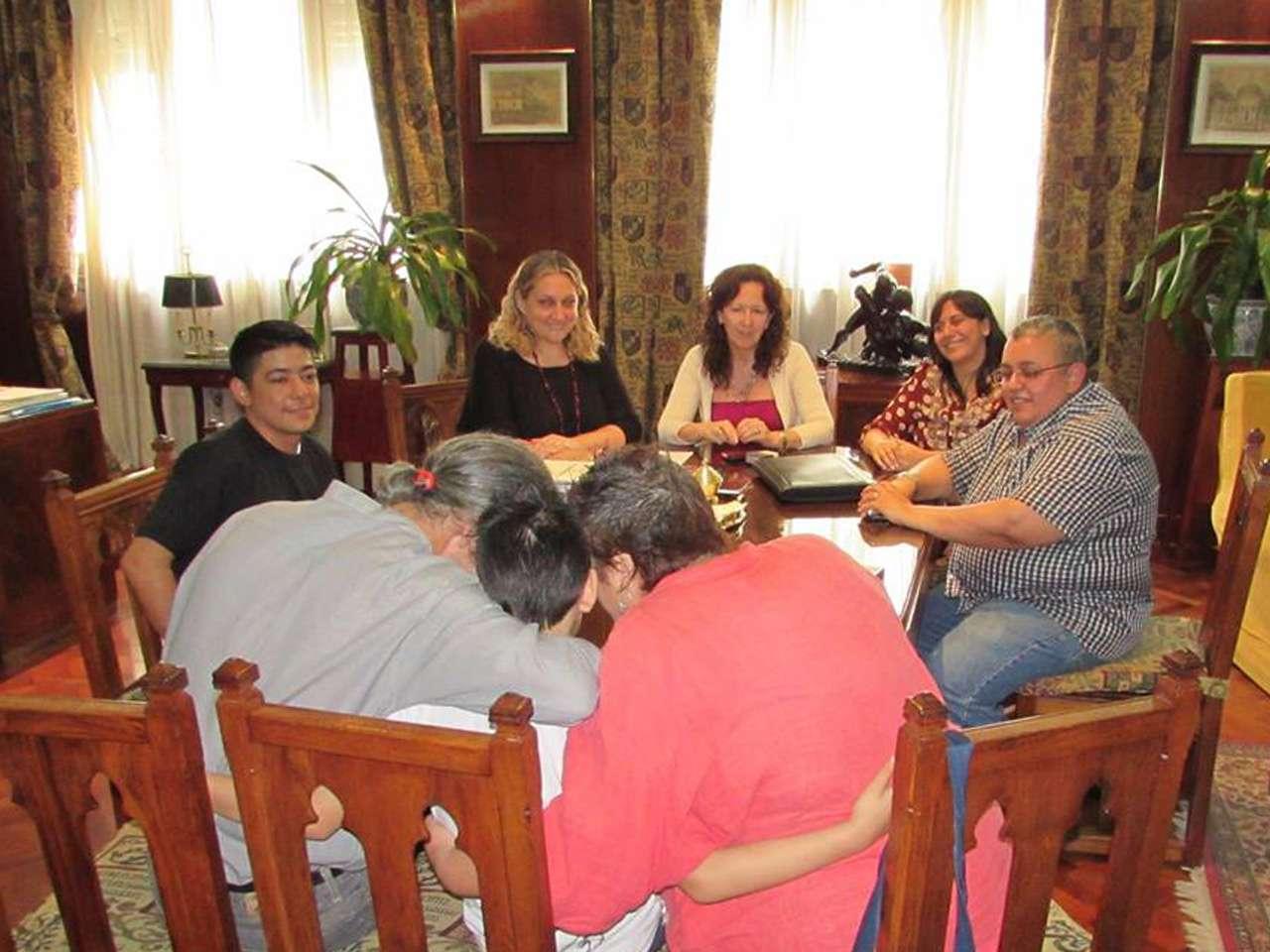 Facha fue apoyado por padres y familiares Foto: FALGBT/Facebook