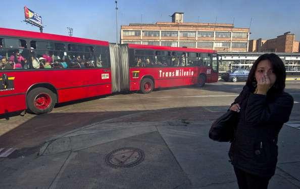 La urbe peor calificada en materia de transporte público y seguridad para las mujeres es Bogotá, seguida por Ciudad de México, Lima y Nueva Delhi. Foto: Archivo/Getty Images